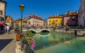 Picture the sky, the sun, flowers, bridge, river, people, France, home, channel, Annecy