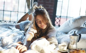 Picture girl, mood, serenity, bed, coffee, growing, breakfast, feeling, joy, socks, sheets, pillows, in bed, Wake …