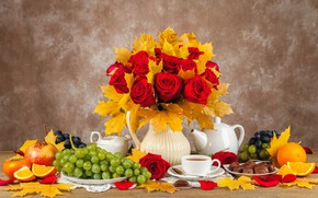 Picture autumn, leaves, bouquet, candy, fruit