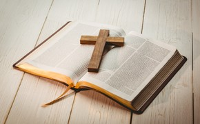 Picture wood, paper, crucifix, bible