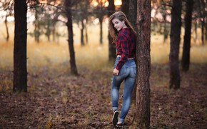 Picture girl, forest, trees, nature, photo, photographer, blue eyes, leaves, model, bokeh, jeans, brunette, shirt, looking …