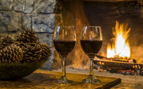 Picture heat, wine, glasses, fireplace, bumps, cozy, wine by the fireplace at Garnet Hill Lodge