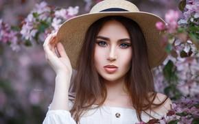Picture look, girl, face, hair, hand, portrait, hat, hat, sponge, Maxim Romanov, Maks Romanov