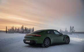 Picture the sky, snow, Porsche, back, green, side, 2020, Taycan, Taycan 4S
