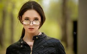 Picture makeup, glasses, sponge, Disha Shemetova, Leonid Markachev