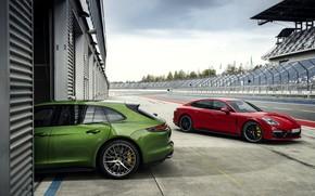 Picture Porsche, boxes, 2018, Panamera GTS, Panamera GTS Sport Turismo
