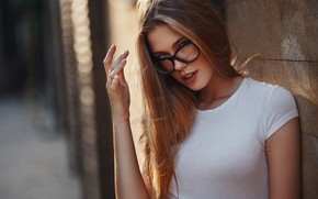 Picture look, the sun, pose, model, hand, portrait, makeup, Mike, glasses, hairstyle, brown hair, is, in …