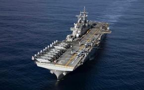 Picture USS Kearsarge, LHD 3, Wasp-class amphibious assault ship