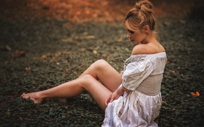 Picture nature, sexy, pose, model, portrait, makeup, figure, dress, hairstyle, brown hair, legs, beauty, sitting, bokeh, …