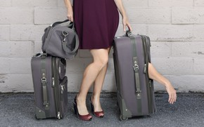 Picture the situation, Luggage, suitcases