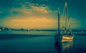 Picture sea, the sky, the evening, yacht