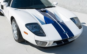 Picture the hood, Bumper, Sports car, American, The Front Headlights, 2005 Ford GT