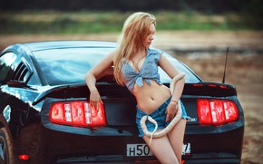 Picture car, girl, Ford Mustang, cleavage, snake, shorts, long hair, legs, boobs, breast, photo, photographer, model, ...