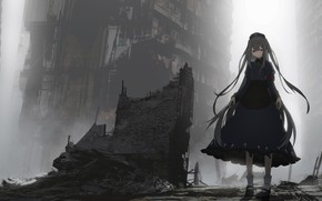 Picture girl, the city, ruins