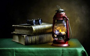 Picture books, lamp, tablecloth
