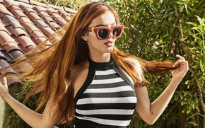 Picture girl, pose, hair, glasses, Bella Thorne