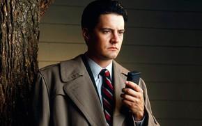 Picture coat, the main character, FBI agent, Twin Peaks, Twin Peaks, диктофон, Дейл Купер, Кайл Мерритт …