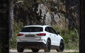 Picture Mercedes-Benz, rear view, crossover, GLA, 4MATIC, GLA-Class, 2020, AMG Line, GLA 250