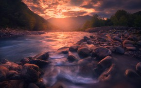 Picture sunset, mountains, river, stones, verbal