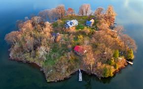Picture lake, island, home
