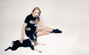 Picture look, girl, dog, Sophie Turner