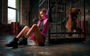 Picture girl, pose, feet, the situation, cell, shoes, bear, hood, Teddy bear, Denis Antipin, Kristina Rybaltchenko