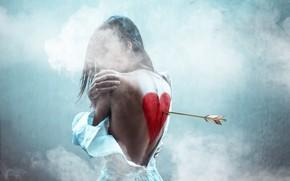 Picture girl, heart, arrow
