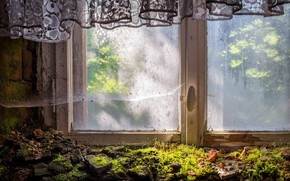 Picture house, window, curtains