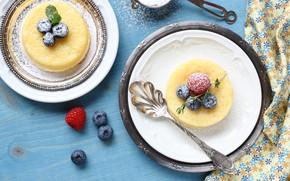Picture berries, blueberries, dessert, lemons, powdered sugar, souffle, lemon, Iryna Melnyk