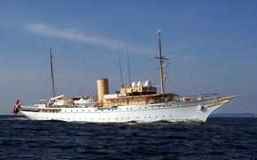 Picture yacht, Royal, Denmark, dannebrog