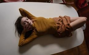 Picture legs, sponge, on the table, Aleks Five, Lyudmila Tomilova