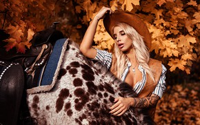Picture autumn, leaves, trees, nature, pose, model, horse, portrait, hat, makeup, tattoo, hairstyle, blonde, shirt, beauty, …