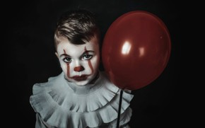 Picture look, face, ball, boy, clown, black background, a balloon, Pennywise, Pennywise