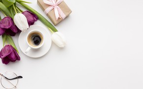 Picture gift, coffee, tulips