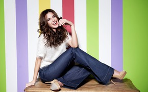 Picture look, girl, pose, smile, jeans, shoes, Irina Antonenko