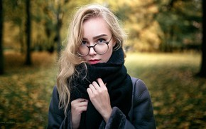 Picture autumn, look, trees, nature, Park, background, model, portrait, makeup, scarf, glasses, hairstyle, blonde, beauty, coat, …
