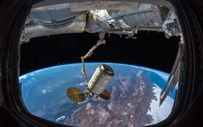 Picture Doc, ISS, Cargo
