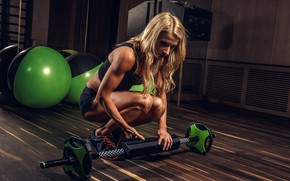 Picture girl, sport, shorts, balls, Mike, figure, hairstyle, blonde, mirror, fitness, athlete, sneakers, rod, the gym, …