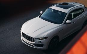Picture White, Crossover, Maserati Levante S