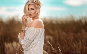 Picture field, summer, girl, blouse, shoulders, bokeh, DieFotoanstalt