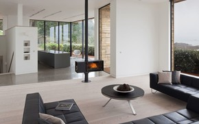 Picture interior, kitchen, fireplace, living room, Le Portelet