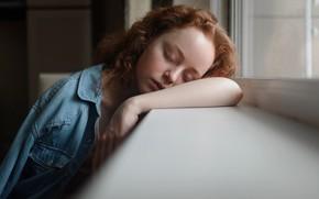 Picture sleep, sponge, curls, Aleks Five