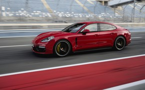 Picture red, track, Porsche, 2018, Panamera GTS