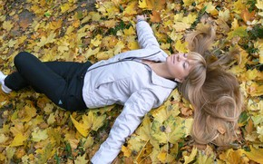 Picture autumn, girl, joy, hair, yellow leaves, Belarus, my photo, Olga Pitsunova