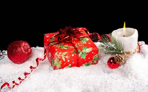 Picture snow, fire, holiday, box, gift, toys, new year, candle, black background, bump, needles, ribbon