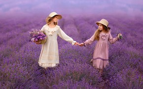 Picture flowers, girls, friendship, lavender