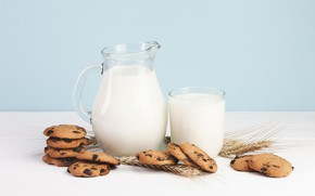 Picture chocolate, milk, cookies, cakes, decanter, a carafe of milk