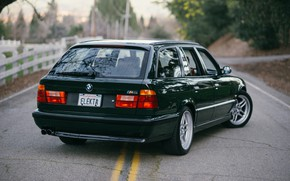 Picture bmw, touring, e34, selected