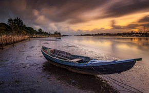 Picture clouds, sunset, shore, boat, the evening, pond, wooden