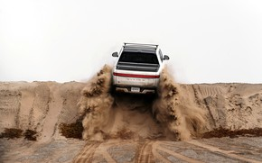 Picture back, pickup, the rise, 2019, R1T, Rivian